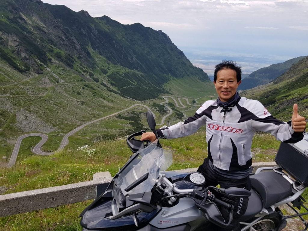 transfagarasan-road-motorcycle-tour